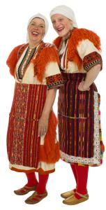 dansgroep zeeland in vlissingen danst in macidoniche kostuums